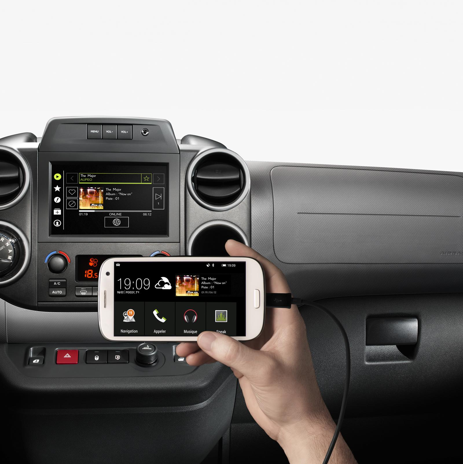 Berlingo Multispace 2015 Mirror Screen connectie smartphone