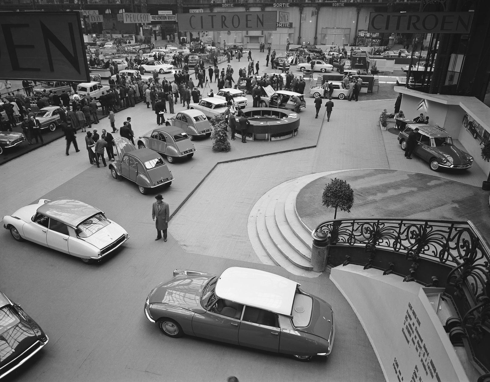 Salon de l'automobile 1961 stand Citroën